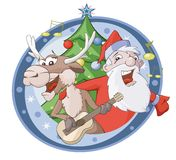 Weihnachtsmann und Rotwild singen Lied Stockfotos