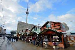 Weihnachtsmarkt in Alexanderplatz, Berlin Lizenzfreie Stockfotos