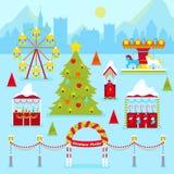 Weihnachtsmarkt angemessen mit Winterurlaub-traditionellen Kiosken, Weihnachtsbaum und Karussell stock abbildung