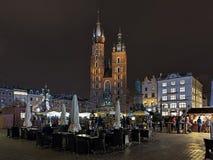 Weihnachtsmarkt auf dem Hauptplatz von Krakau, Polen Stockfotografie