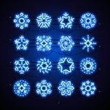 Weihnachtsneonschneeflocken-Blau-Magie Lizenzfreie Stockfotografie