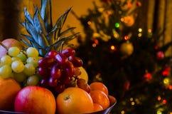 Weihnachtsobstschale Lizenzfreies Stockbild