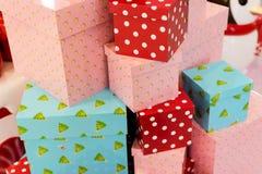 weihnachtspakete подарка на рождество Стоковые Фото