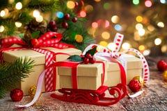 Weihnachtspakete - Weihnachtsgeschenk Stockbild