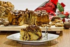 Weihnachtspekannuss-Kaffeekuchen geschmackvolles dessrt lizenzfreie stockfotos