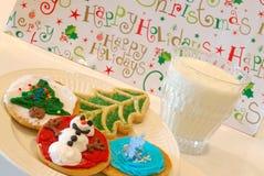 Weihnachtsplätzchen und -milch Lizenzfreie Stockbilder