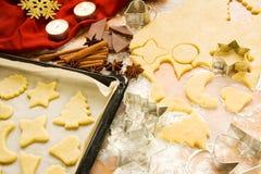 Weihnachtsplätzchenvorbereitung stockfoto