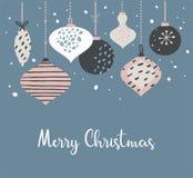 Weihnachtsplakat und Kartenschablone mit Retro- Weihnachtsbällen in den Pastellfarben Abbildung der frohen Weihnachten