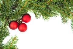Weihnachtsrahmen mit rotem Ball Stockfotos