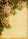 Weihnachtsrand auf altem Papier Lizenzfreie Stockbilder