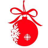 Weihnachtsroter Ball, roter Bogen, auf einem Weiß Lizenzfreies Stockfoto