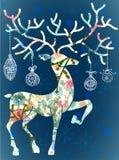 Weihnachtsrotwild mit Dekorationen Lizenzfreie Stockbilder