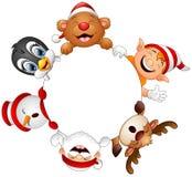 Weihnachtsrunder Rahmen mit Sankt, Elfe, Schneemann, Ren, Bären und Pinguin Lizenzfreies Stockfoto