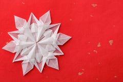 Weihnachtsschneeflockenpapier 3d Stockbild