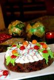 Weihnachtsschokoladenkuchen lizenzfreie stockfotografie