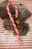 Weihnachtsschokoladenkuchenfestlichkeiten lizenzfreie stockbilder