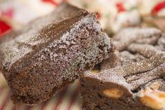 Weihnachtsschokoladenkuchenfestlichkeiten lizenzfreie stockfotografie
