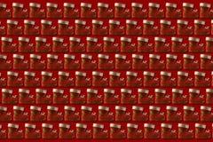 Weihnachtsschuh mit auf rotem Hintergrund Lizenzfreies Stockbild