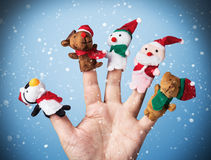 Weihnachtsspielwaren gesetzt auf eine Hand Stockbild