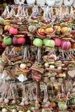 Weihnachtsspielwaren hergestellt von den Trockenfrüchten Lizenzfreies Stockbild