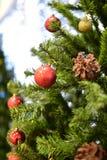 Weihnachtsspielwaren und -handwerk verwischten Hintergrund bokeh Stockbilder
