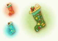 Weihnachtsstiefel voll mit Geschenken lizenzfreies stockfoto