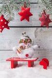 Weihnachtsstilllebendekoration mit hölzernem Stockfotografie