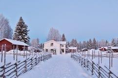 Weihnachtsstimmung am Freiluftmuseum Hägnan in Gammelstad Stockfotografie