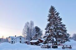 Weihnachtsstimmung am Freiluftmuseum Hägnan in Gammelstad Stockbilder
