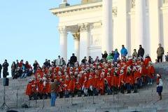 Weihnachtsstraßenöffnung in Helsinki Stockfoto