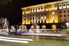 Weihnachtsstraßendekoration in der Mitte von Sofia, Bulgarien Lizenzfreie Stockfotos