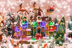 Weihnachtsszene auf dem Shopwindow Stockbilder