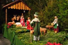 Weihnachtsszene mit drei weisen Männern und Schätzchen Jesus Stockfotos