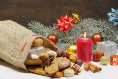 Weihnachtstasche, Weihnachtsplätzchen, Kekse, Lebkuchen, Geschenke, stockfotografie