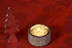 Weihnachtstischschmuck mit Silber und Kristallen stockbilder