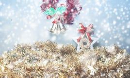 Weihnachtsunschärfehintergrund lizenzfreie stockfotos