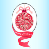 Weihnachtsvektorillustration eines Weihnachtsballs verziert mit einem Winterblumengekritzelmuster Stockfotografie