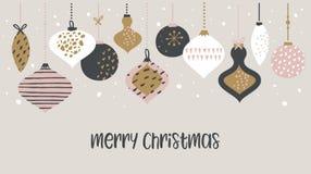 Weihnachtsverkaufsfahnen-Schablonentypographie mit Weihnachtsbällen, für Verkaufsflieger, Plakat, Netzfahne und Grußkarte lizenzfreie abbildung