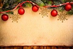 Weihnachtsverzierung auf Papier lizenzfreies stockfoto