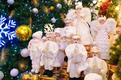 Weihnachtsverzierungen auf Verkäufen Stockfotos