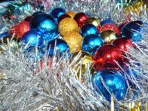Weihnachtsverzierungen, Dekorationen, Stillleben, Hintergrund, Zusammensetzung Lizenzfreie Stockfotografie