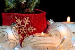 Weihnachtsverzierungen - festliche Stimmung stockbilder