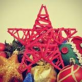 Weihnachtsverzierungen mit einem Retro- Effekt Stockfotos