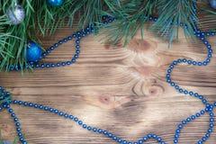 Weihnachtsverzierungs-Dekorationshintergrund mit Kopienraum Stockfotos