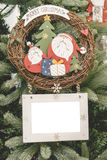 Weihnachtsverzierungsball-Bilderrahmen Stockfotografie