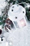 Weihnachtsweißlaterne Lizenzfreie Stockfotografie