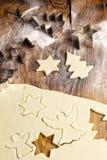 Weihnachtszuckerplätzchen-Formen Stockbilder
