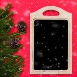 Weihnachtszusammensetzung auf rotem Hintergrund Stockfoto