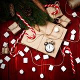 Weihnachtszusammensetzung, das Konzept des neuen Jahres Kästen sur lizenzfreies stockbild