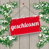 Weihnachtszweig-hölzernes Zeichen Geschlossen Stockfoto